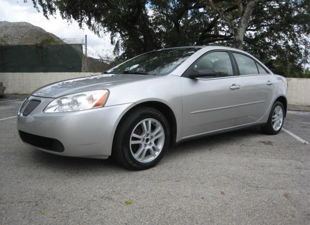2005 PONTIAC G6 LOW MILES AND SUNROOF $3290