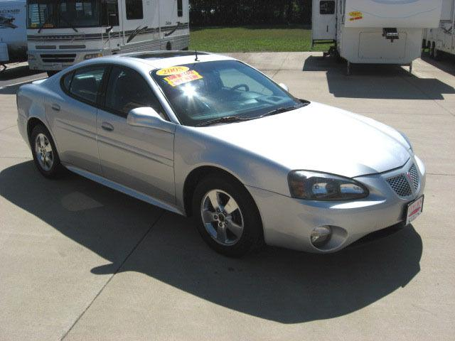 2005 pontiac grand prix gt for sale in jefferson iowa classified. Black Bedroom Furniture Sets. Home Design Ideas