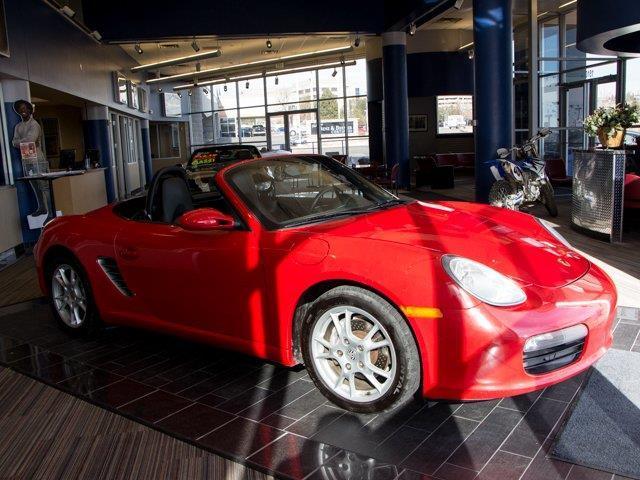 2005 Porsche Boxster Base 2dr Roadster