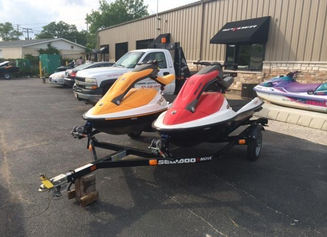 2005 sea doo 3d premium in red only at jim potts motor for Yamaha waverunner covers sale