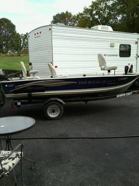 2005 Smoker Craft Pro Mag 140 Boat
