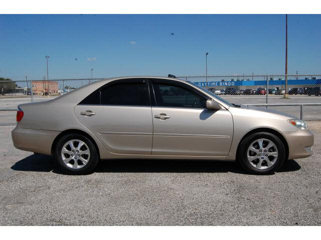 2005 Toyota Camry Xle For Sale In Humble Texas Classified