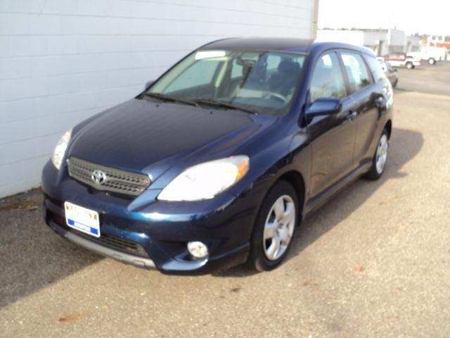 2005 toyota matrix xr for sale in zanesville ohio classified. Black Bedroom Furniture Sets. Home Design Ideas