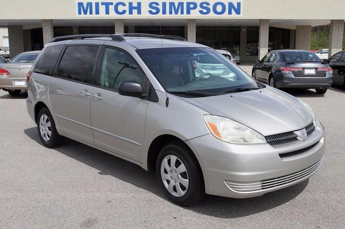2005 toyota sienna le van super clean good miles power doors for sale in cleveland georgia. Black Bedroom Furniture Sets. Home Design Ideas