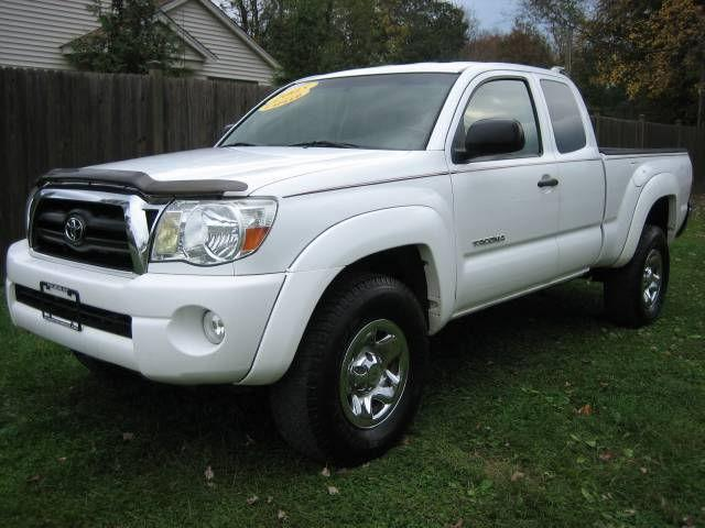 2005 toyota tacoma base for sale in tillson new york classified. Black Bedroom Furniture Sets. Home Design Ideas