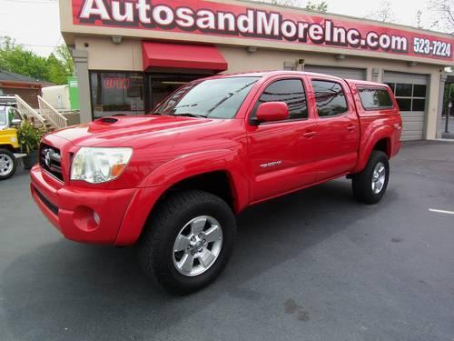 2005 toyota tacoma sr5 v6 4x4 trd sport double cab one owner for sale in knoxville tennessee. Black Bedroom Furniture Sets. Home Design Ideas