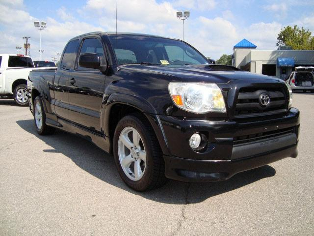 2005 toyota tacoma x runner access cab for sale in roanoke. Black Bedroom Furniture Sets. Home Design Ideas