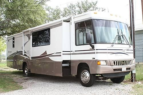 Chevy Dealership Houston Tx >> 2005 WINNEBAGO VOYAGE 38J 3 SLIDES CHEVY 8.1 GAS NEW TIRES ...