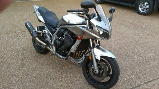 Buy 2005 Yamaha FZ1 on 2040-motos