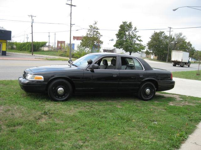 2005 ford crown victoria police interceptor for sale in pontiac michigan classified. Black Bedroom Furniture Sets. Home Design Ideas