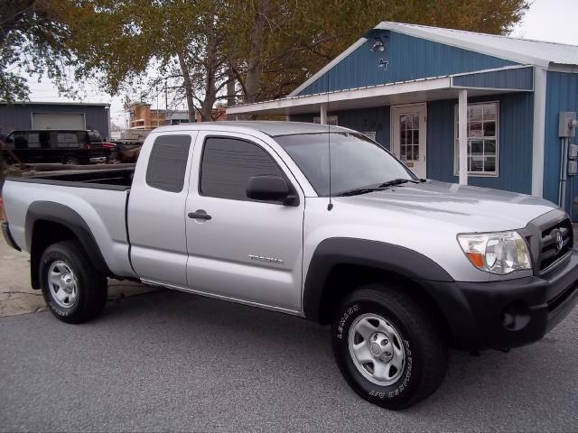 2005 toyota tacoma base for sale in rogers arkansas classified. Black Bedroom Furniture Sets. Home Design Ideas
