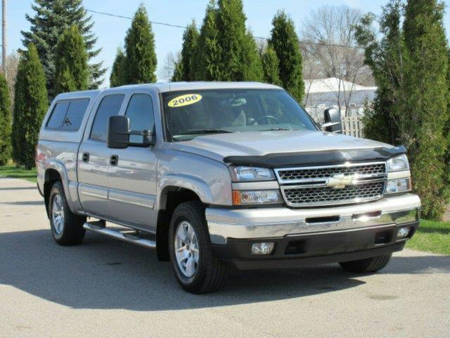 2006 chevrolet silverado 1500 lt1 lt1 4dr crew cab 4wd 5 8 ft sb for sale in meskegon michigan. Black Bedroom Furniture Sets. Home Design Ideas