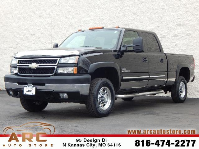 2006 Chevrolet Silverado 2500HD LT1 LT1 4dr Crew Cab 4WD SB for Sale in Kansas City, Missouri ...