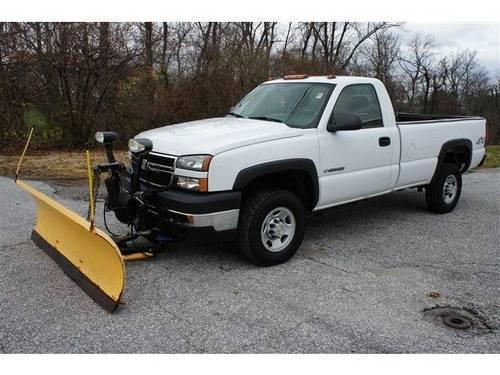 2006 Chevrolet Silverado 2500HD Regular Cab Pickup w/Snow Plow for Sale in Carrollton, Maryland ...