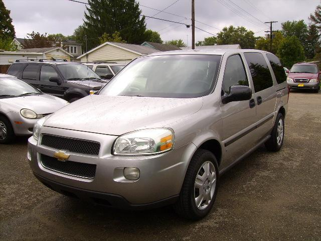 2006 chevrolet uplander ls for sale in zanesville ohio. Black Bedroom Furniture Sets. Home Design Ideas
