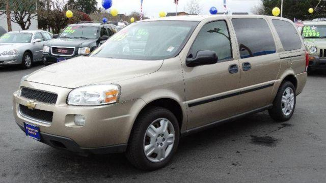 2006 chevrolet uplander ls extended minivan for sale in cornelius oregon classified. Black Bedroom Furniture Sets. Home Design Ideas