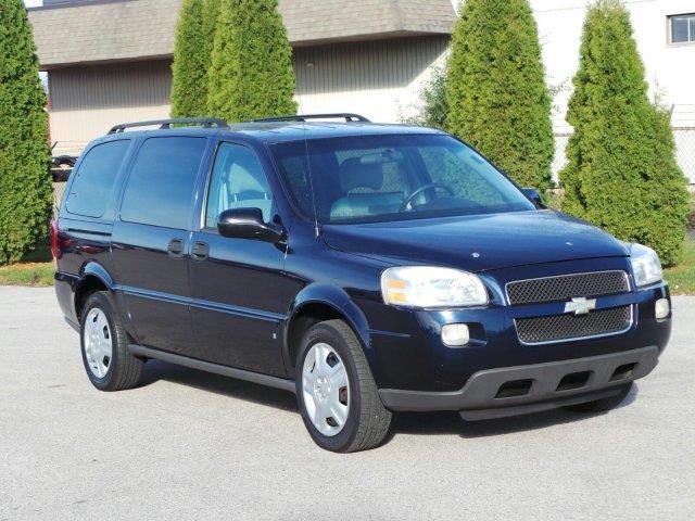 2006 chevrolet uplander ls ls 4dr extended mini van for sale in meskegon michigan classified. Black Bedroom Furniture Sets. Home Design Ideas