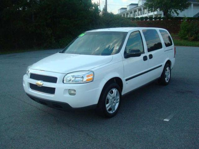 2006 chevrolet uplander ls for sale in forest city north. Black Bedroom Furniture Sets. Home Design Ideas