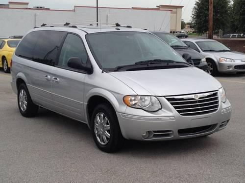 2006 chrysler town country 4d passenger van limited for. Black Bedroom Furniture Sets. Home Design Ideas