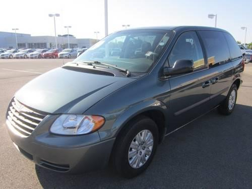 2006 chrysler town country cloth minivan van for sale in cartersburg indiana classified. Black Bedroom Furniture Sets. Home Design Ideas