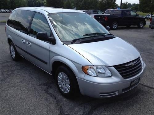 2006 Chrysler Town And Country Mini Van For Sale In