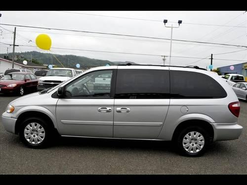 2006 chrysler town and country not specified lx for sale in alder grove washington classified. Black Bedroom Furniture Sets. Home Design Ideas