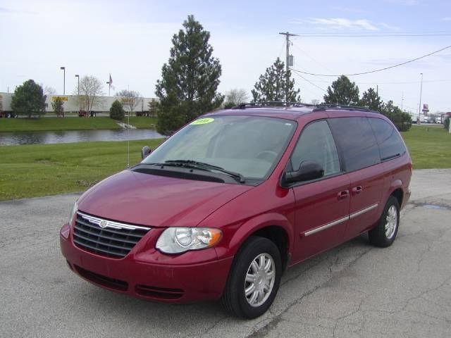 2006 chrysler town country touring for sale in lebanon indiana classified. Black Bedroom Furniture Sets. Home Design Ideas