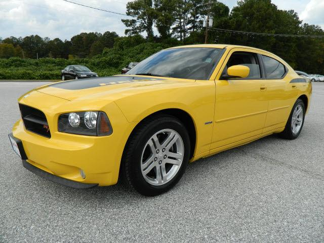 2006 dodge charger r t for sale in opelika alabama classified. Black Bedroom Furniture Sets. Home Design Ideas