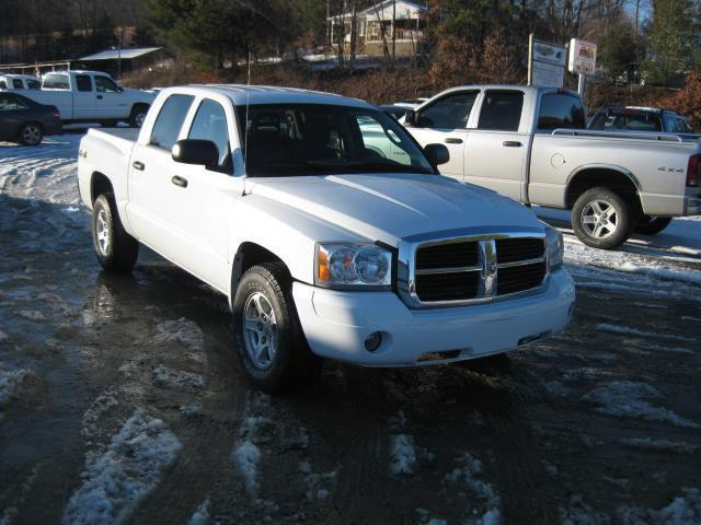 2006 dodge dakota slt 2006 dodge dakota slt car for sale in sparta. Black Bedroom Furniture Sets. Home Design Ideas
