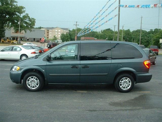 2006 dodge grand caravan se for sale in rock island illinois. Cars Review. Best American Auto & Cars Review