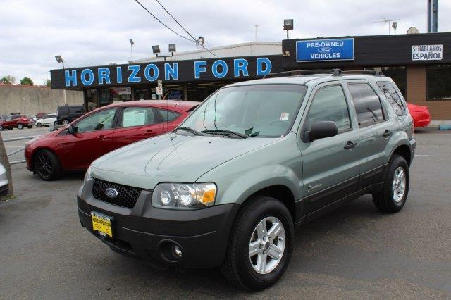 2006 Ford Escape Hybrid Base 4dr SUV