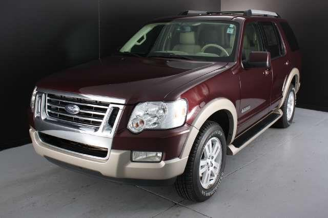 2006 ford explorer eddie bauer for sale in grand haven michigan classified. Black Bedroom Furniture Sets. Home Design Ideas