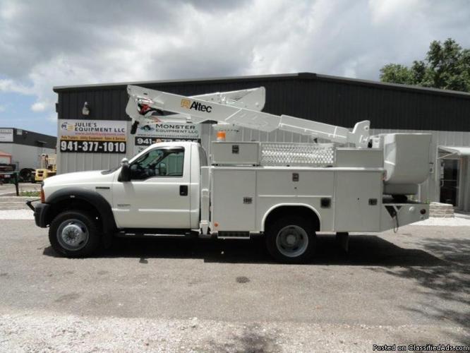 2006 ford f550 4x4 altec 42 39 wh bucket truck for sale in sarasota florida classified. Black Bedroom Furniture Sets. Home Design Ideas
