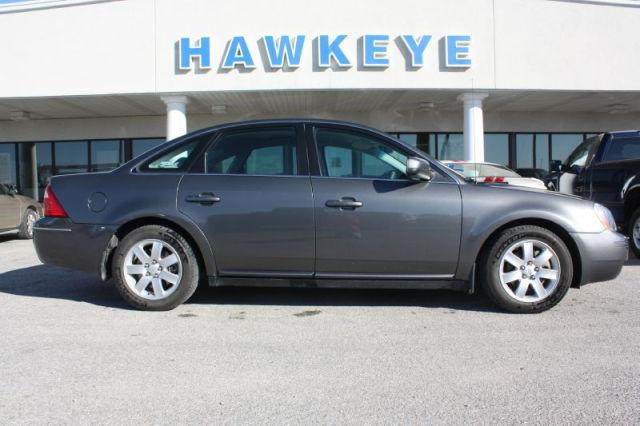 2006 ford five hundred se for sale in red oak iowa classified. Black Bedroom Furniture Sets. Home Design Ideas