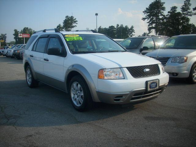 2006 ford freestyle se for sale in burgaw north carolina classified. Black Bedroom Furniture Sets. Home Design Ideas