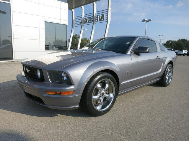 2006 Ford Mustang GT Premium GT Premium 2dr Coupe
