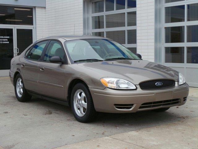 2006 ford taurus se se 4dr sedan for sale in meskegon. Black Bedroom Furniture Sets. Home Design Ideas
