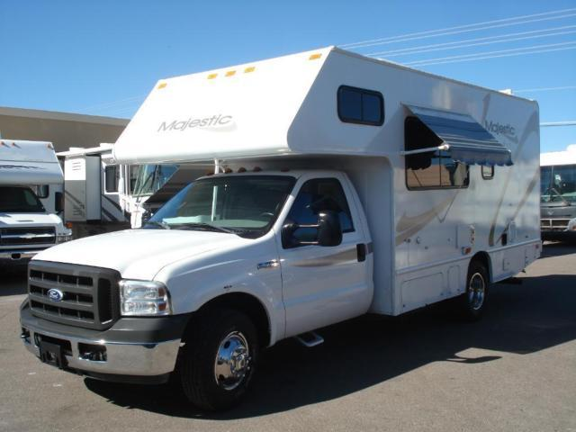 2006 Four Winds Majestic 24 5 Ft Class C Gas Motor Home