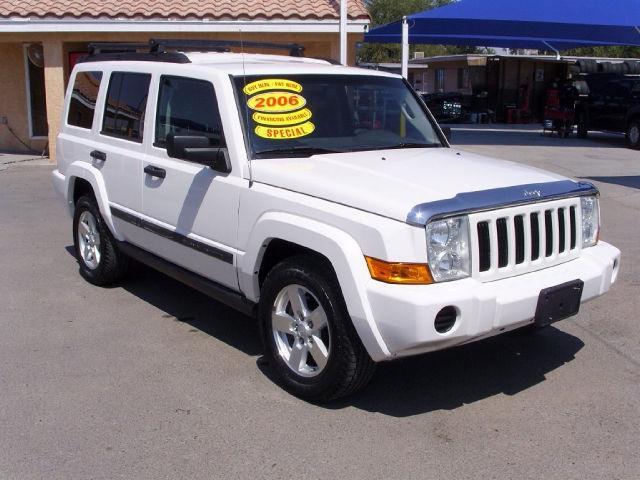 2006 jeep commander base for sale in el paso texas classified. Black Bedroom Furniture Sets. Home Design Ideas