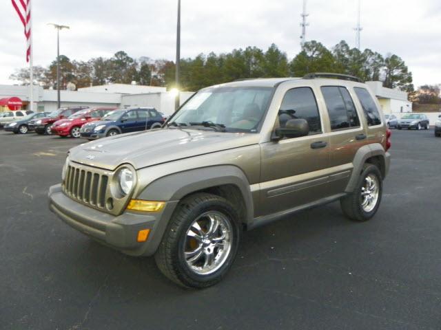 2006 jeep liberty sport auburn al for sale in auburn alabama classified. Black Bedroom Furniture Sets. Home Design Ideas