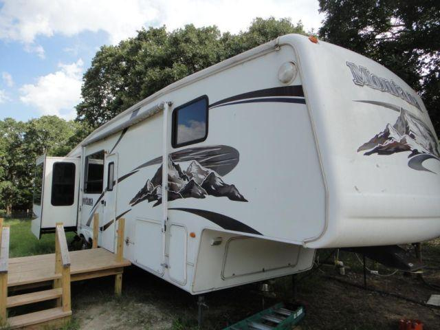 2006 Keystone Montana 37ft 4 Slides 5th Wheel Gooseneck