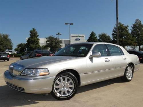 2006 lincoln town car signature limited sedan 4d for sale in grapevine texas classified. Black Bedroom Furniture Sets. Home Design Ideas