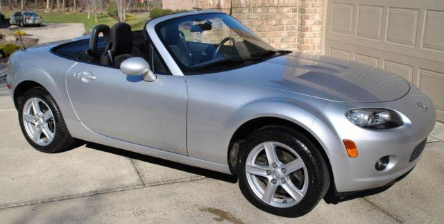 2006 mazda mx 5 miata sport convertible automatic only 28k miles for sale in cranberry. Black Bedroom Furniture Sets. Home Design Ideas