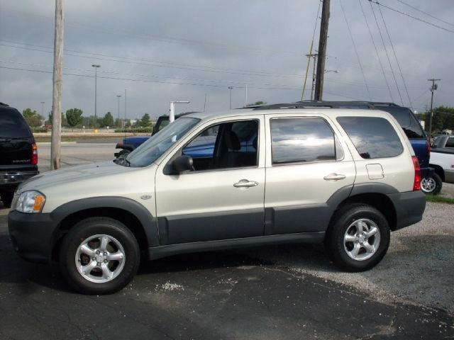 2006 mazda tribute i for sale in muncie indiana. Black Bedroom Furniture Sets. Home Design Ideas