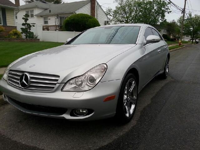 2006 mercedes benz cls class cls500 in baldwin ny 888. Black Bedroom Furniture Sets. Home Design Ideas
