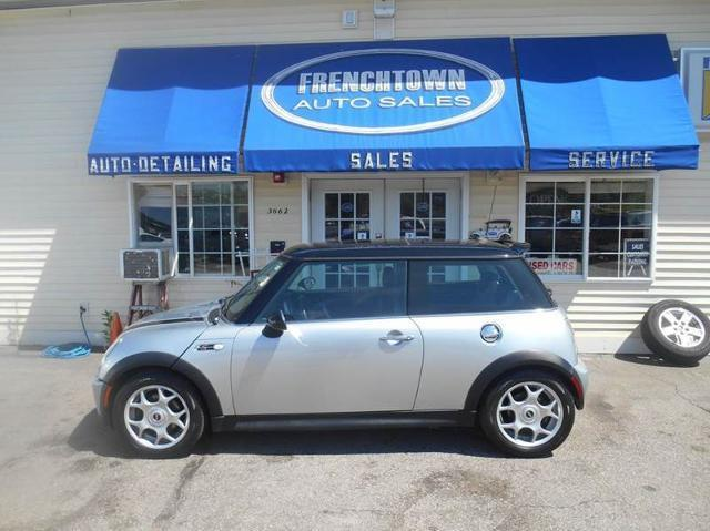 2006 MINI Cooper S S 2dr Hatchback