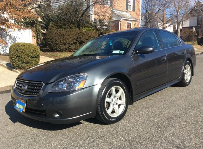 2006 Nissan Altima 3.5SE. Slate Gray Metallic For Sale In Flushing, New York