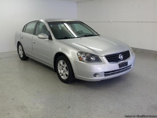 2006 nissan altima s special edition for sale in downers grove illinois classified. Black Bedroom Furniture Sets. Home Design Ideas