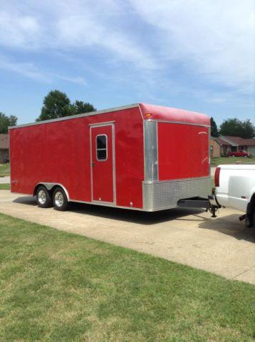 2006 Pace 8.5 x 20 Ft. Enclose car hauler / toy hauler