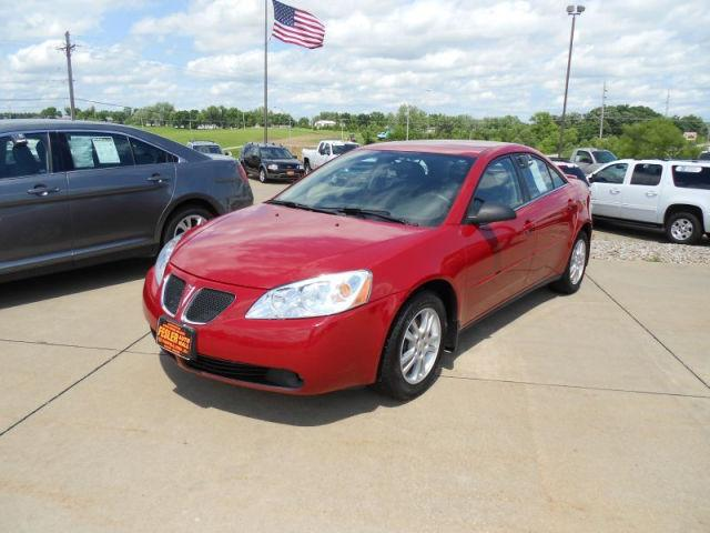 2006 pontiac g6 base for sale in fairfield iowa classified. Black Bedroom Furniture Sets. Home Design Ideas